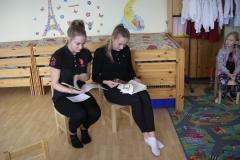 Saksa Gümnaasiumi lapsed jutte lugemas 19.12.2018
